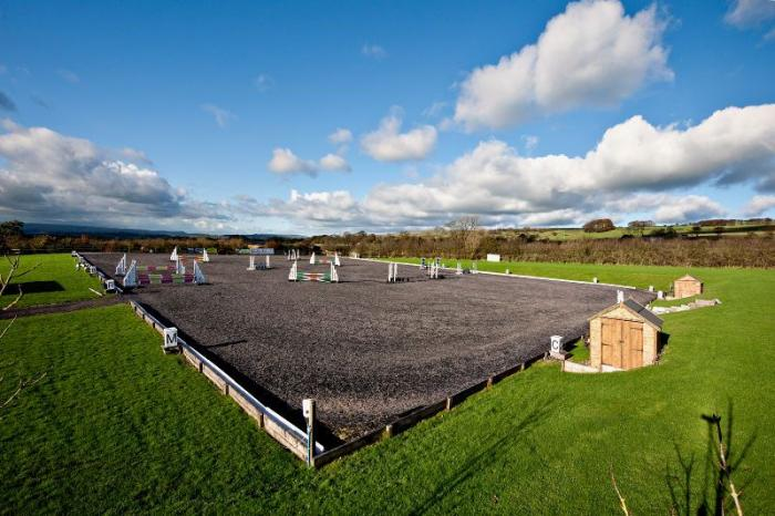 FOR SALE : Beaver hall equestrian centre - rural complex staffordshire